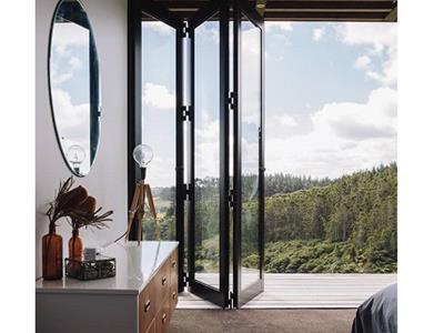 پنجره آکاردئونی